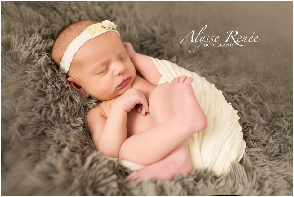 Baby Photographer in Prosper